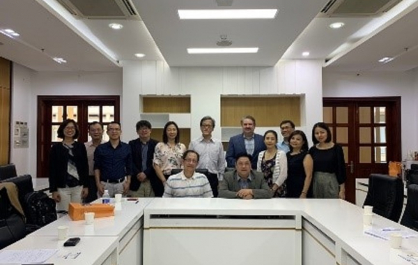2019.12.11-14 Dean Chen led a team of professors to visit Vietnam